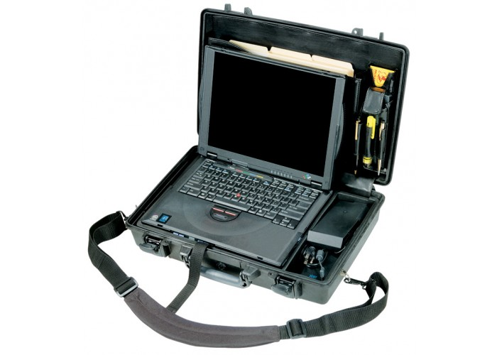 """Защитный кейс для ноутбука Peli 1490СС2 в комплектации """"Standard"""""""